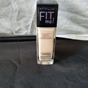 Maybelline Fit Me Foundation (Never Used)